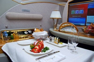 airline-food-lobst